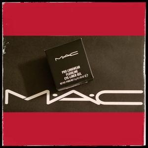 MAC*Pro Longwear Eye-Liner Gel